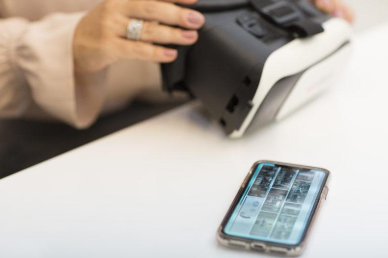 SocialIP3D - cardbox e celular